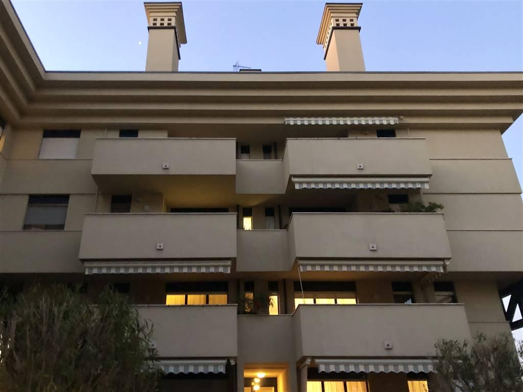 Appartamento in Vendita a Legnano: 3 locali, 95 mq