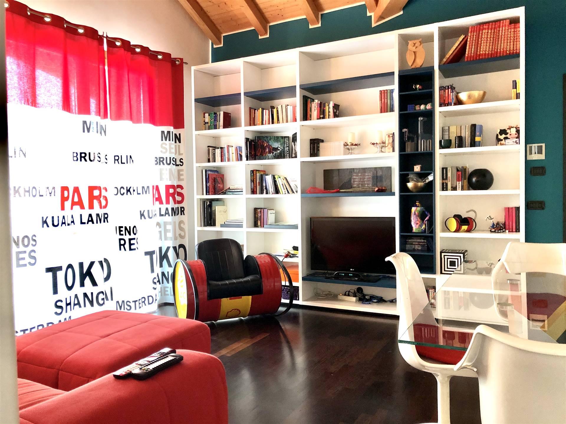 Appartamento in Vendita a Bernareggio: 2 locali, 60 mq