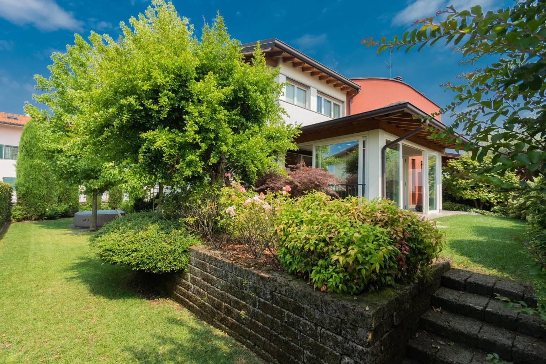 Villa in Vendita a Busnago:  5 locali, 200 mq  - Foto 1