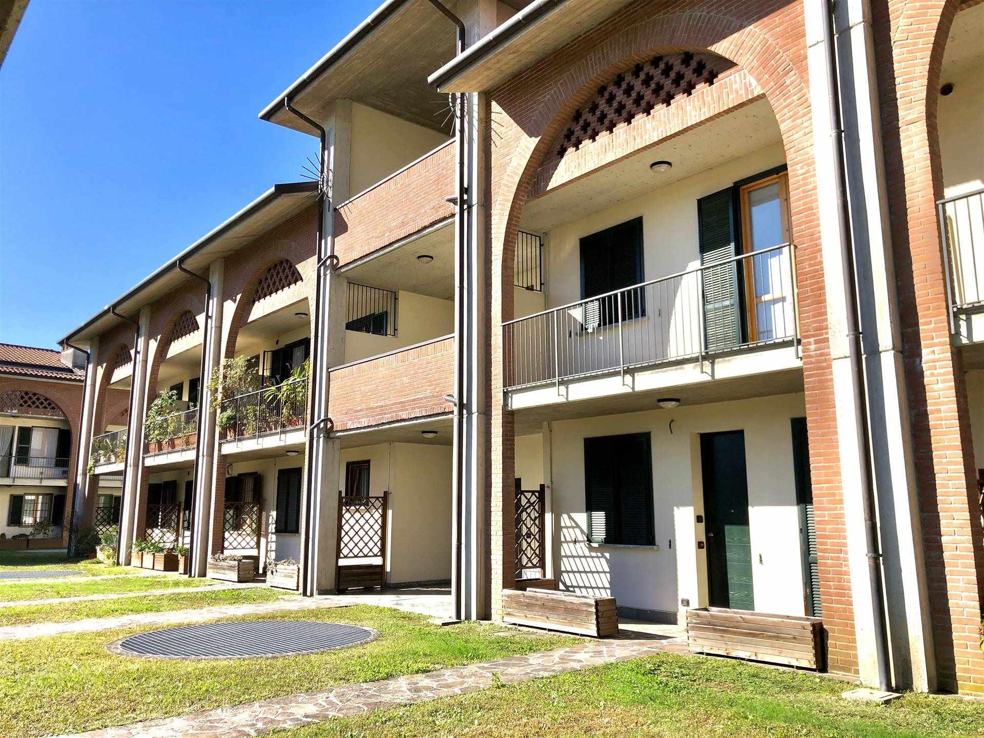 Appartamento in Vendita a Sulbiate: 3 locali, 120 mq