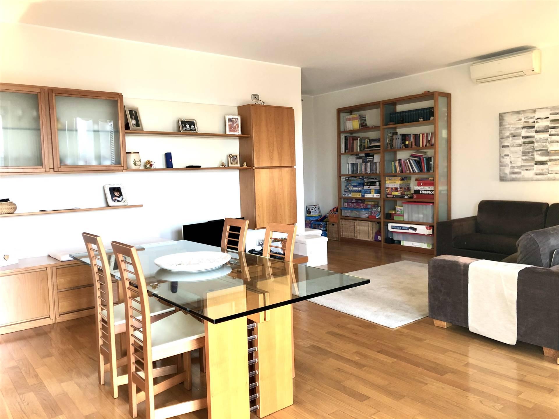 Appartamento in Vendita a Cornate D'Adda: 3 locali, 110 mq