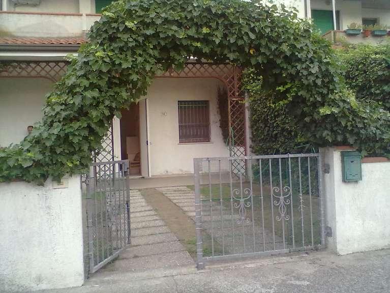 Soluzione Indipendente in vendita a Comacchio, 3 locali, prezzo € 125.000 | Cambio Casa.it
