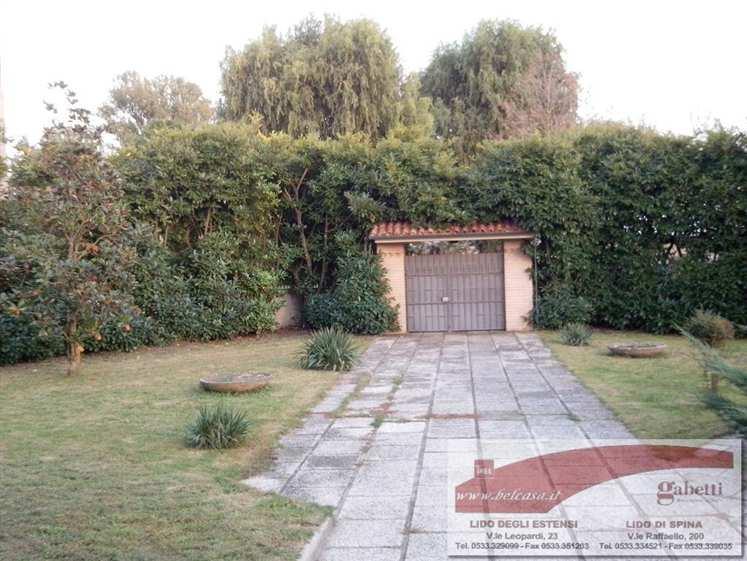 Soluzione Indipendente in vendita a Comacchio, 8 locali, zona Zona: Volania, Trattative riservate | Cambio Casa.it