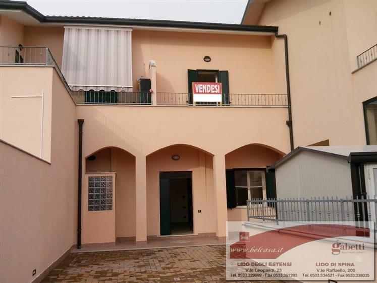 Villa in vendita a Comacchio, 4 locali, Trattative riservate | Cambio Casa.it