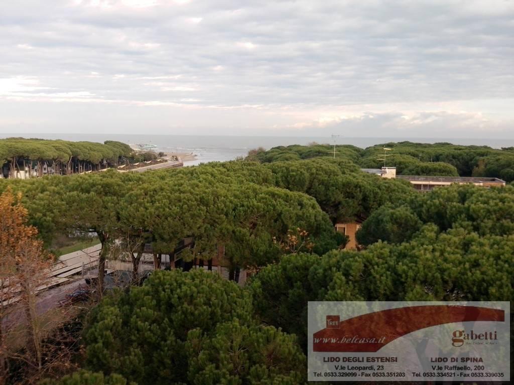Attico / Mansarda in vendita a Comacchio, 4 locali, zona Zona: Lido di Spina, prezzo € 120.000 | Cambio Casa.it