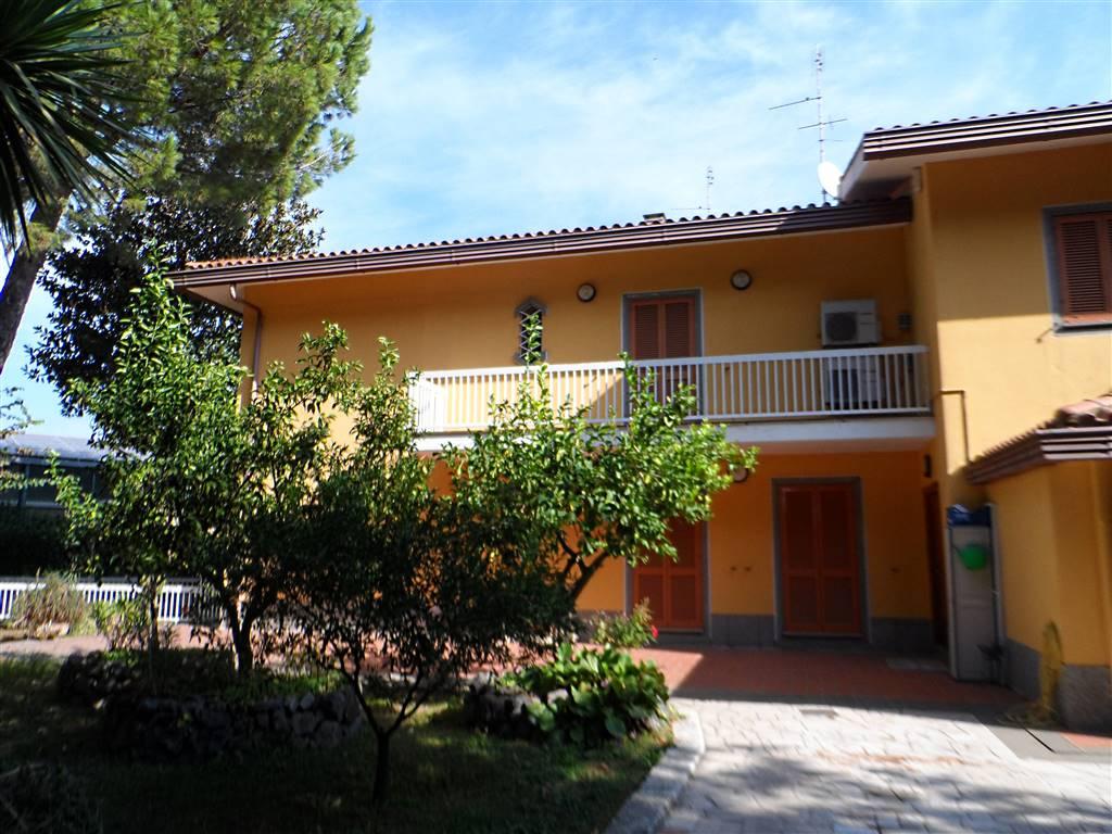 Villa in vendita a Ciampino, 5 locali, prezzo € 349.000   CambioCasa.it