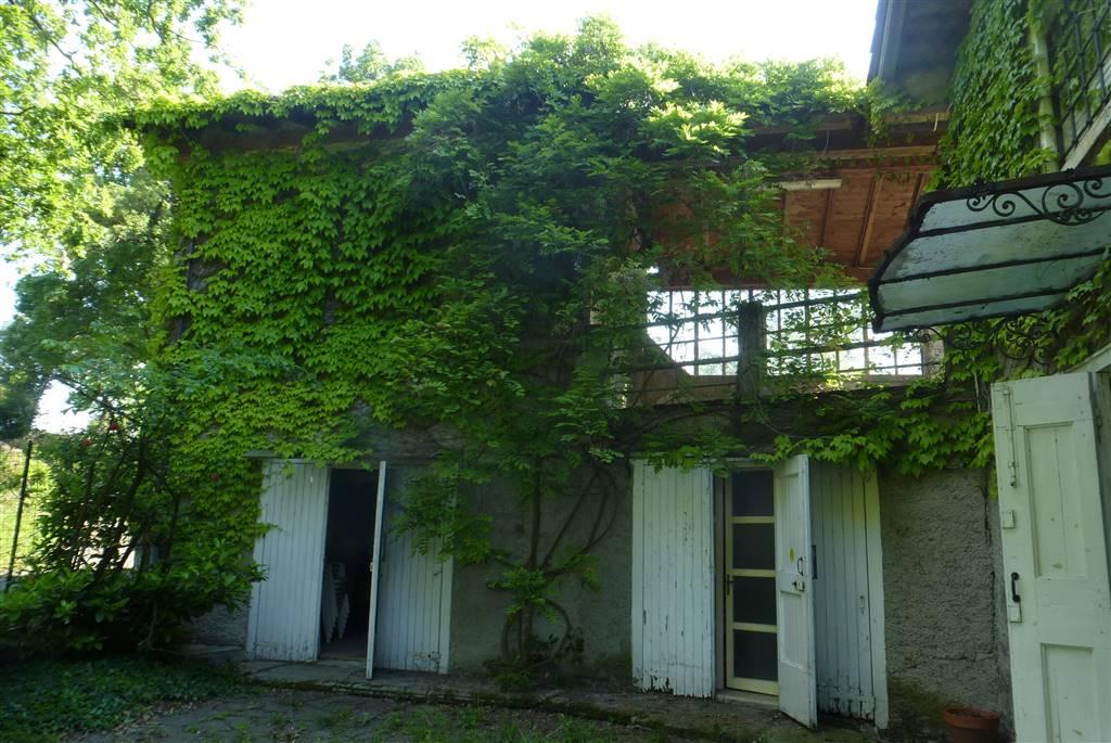 Villa Bifamiliare In Affitto Castelvetro