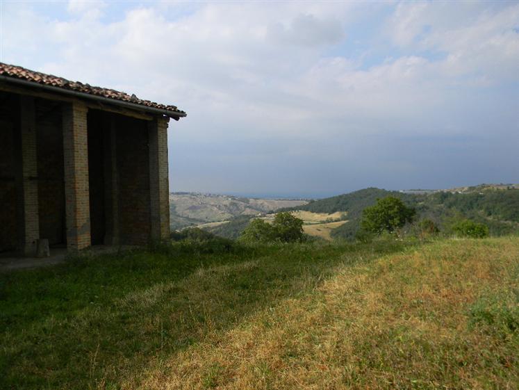 Rustico casale, Roccamalatina, Guiglia, da ristrutturare