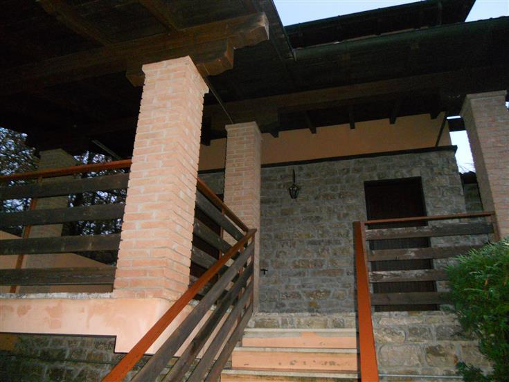 Villa a schiera, Serramazzoni, in ottime condizioni
