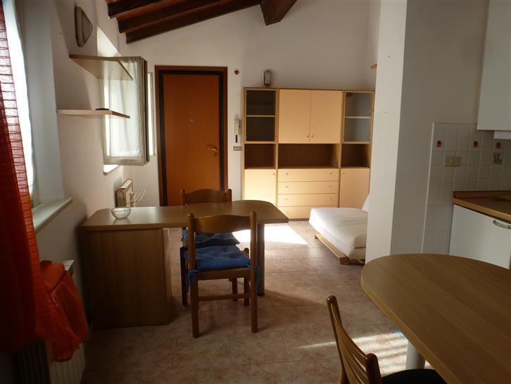 Bilocale, Centro Storico, Modena, ristrutturato