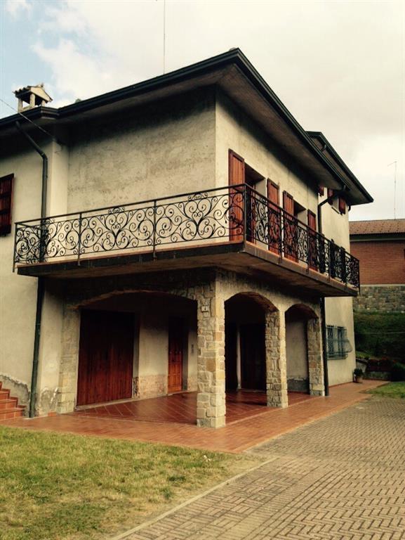 Case toano vendite case toano affitti toano for Affitto appartamento arredato reggio emilia