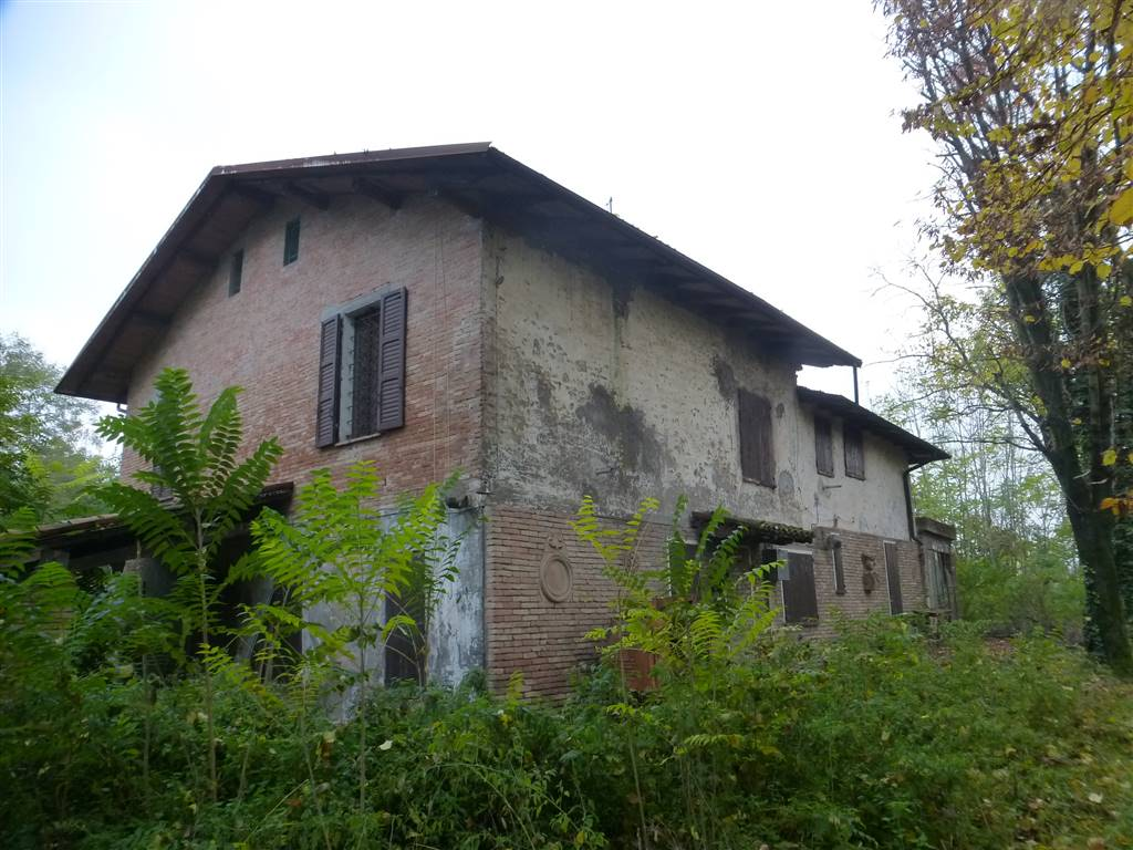 Case in vendita a castelnuovo rangone - Ristrutturare casale di campagna ...