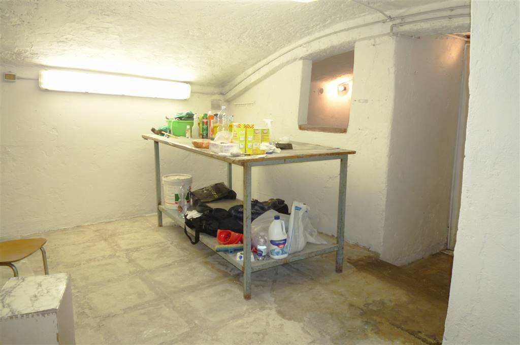 Magazzino in vendita a Firenze, 2 locali, zona Zona: 10 . Leopoldo, Rifredi, prezzo € 35.000 | Cambio Casa.it