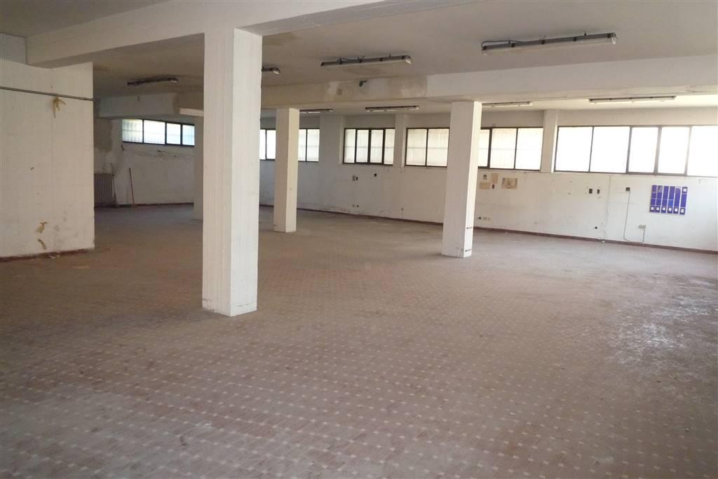 Magazzino in vendita a Sesto Fiorentino, 1 locali, zona Zona: Osmannoro, prezzo € 250.000 | Cambio Casa.it