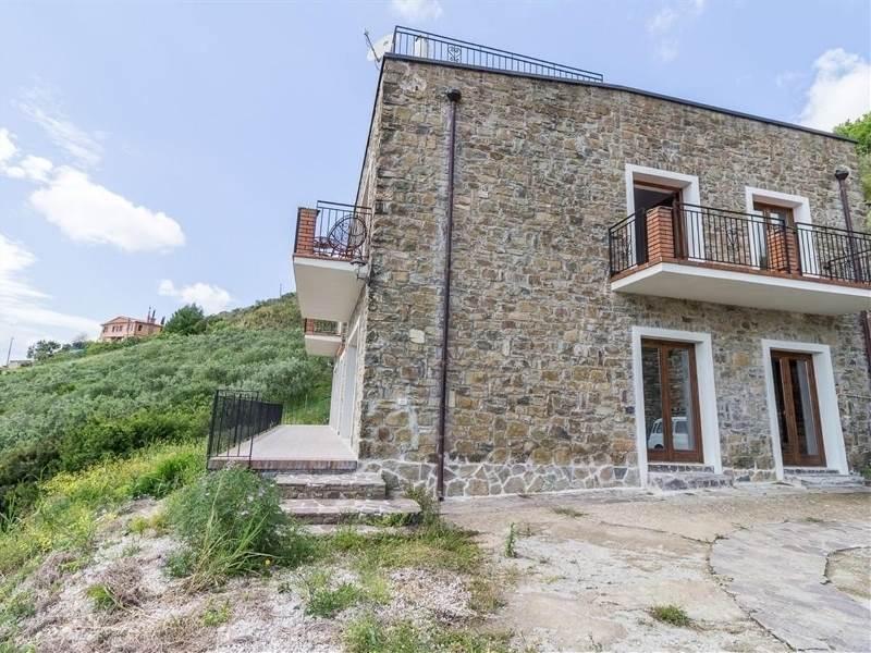 Case pollica compro casa pollica in vendita e affitto su for Case vendita salerno