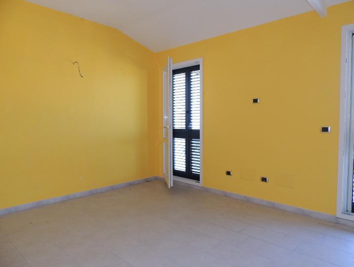 Appartamento vendita CAPODIMONTE (VT) - 5 LOCALI - 90 MQ