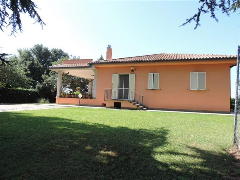 Villa, Semicentro, Viterbo, ristrutturata