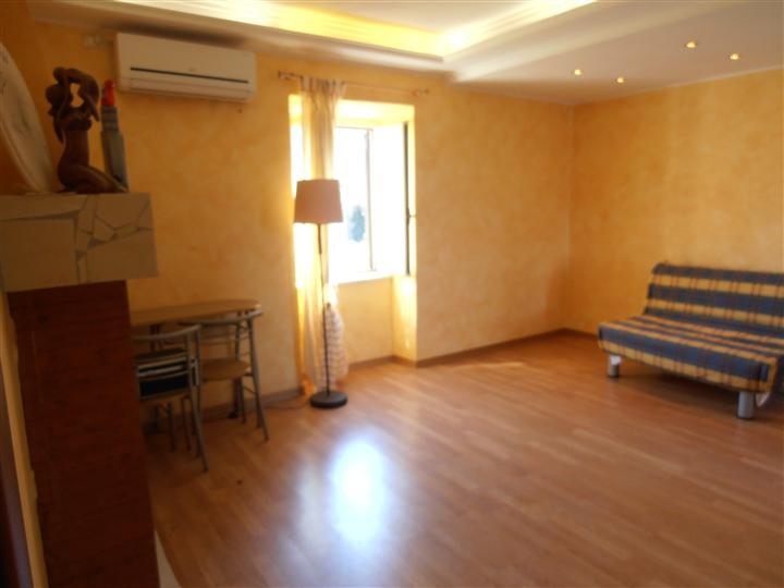 Appartamento indipendente, Vetralla, in ottime condizioni