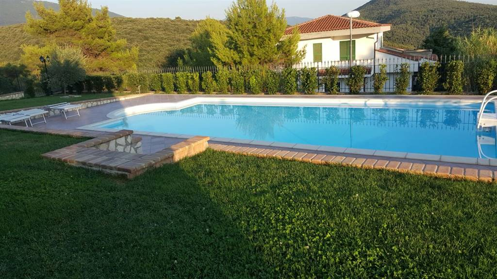 Casa singola in vendita a calvi dell 39 umbria terni rif - Gloria vendita piscine ...