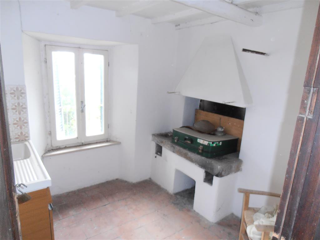 Appartamento, Cura, Vetralla, da ristrutturare