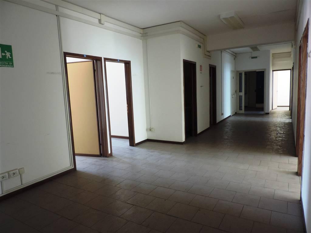 Ufficio Moderno Viterbo : Uffici in affitto e vendita a viterbo
