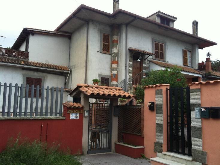 Bilocale in Via Vigne Di San Matteo  32, Vermicino, Frascati