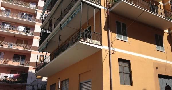 Appartamento in vendita a Chieti, 8 locali, zona Località: LEGIONE CARABINIERI, prezzo € 125.000 | Cambio Casa.it