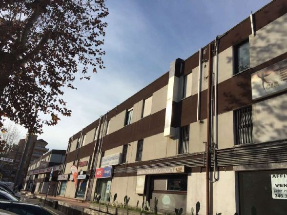 Ufficio / Studio in vendita a Chieti, 9999 locali, zona Zona: Stazione, prezzo € 58.000 | Cambio Casa.it