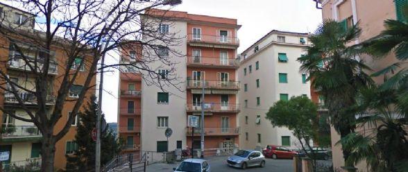 Appartamento in vendita a Chieti, 5 locali, zona Località: CENTRO, prezzo € 68.000 | Cambio Casa.it