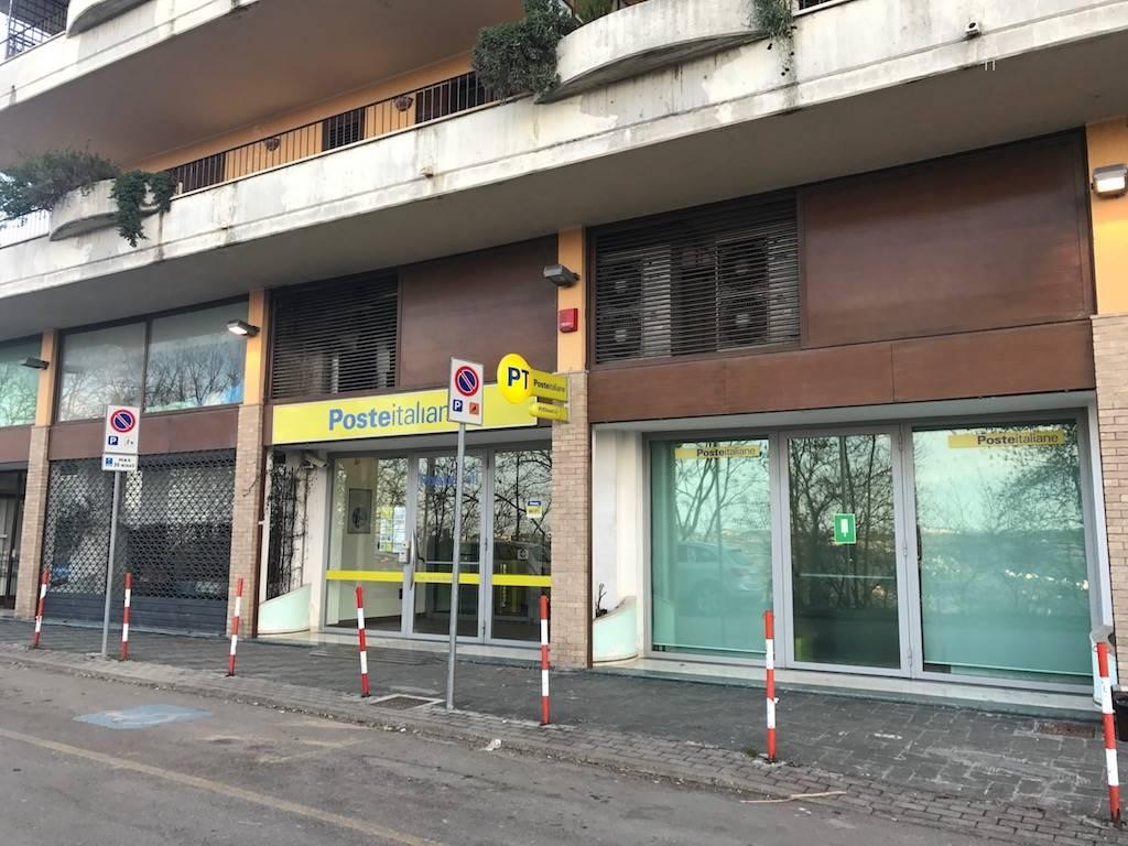 Immobile Commerciale in vendita a Chieti, 6 locali, zona Zona: S. Anna, Trattative riservate | Cambio Casa.it