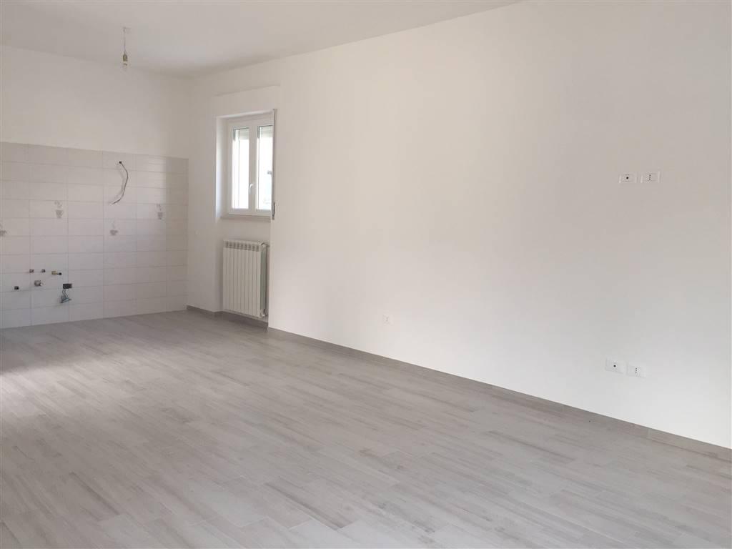 Appartamento in affitto a Chieti, 5 locali, zona Zona: Zona Levante, prezzo € 450 | CambioCasa.it