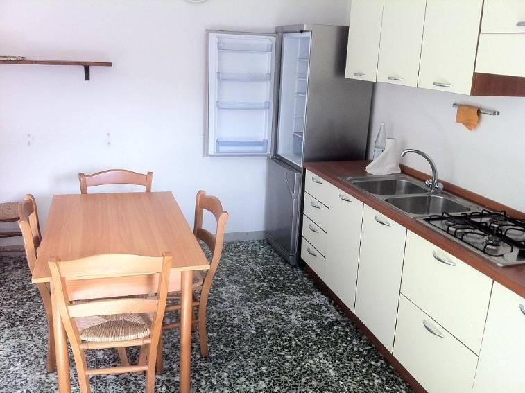Soluzione Semindipendente in vendita a Montalto Uffugo, 5 locali, prezzo € 74.000 | CambioCasa.it