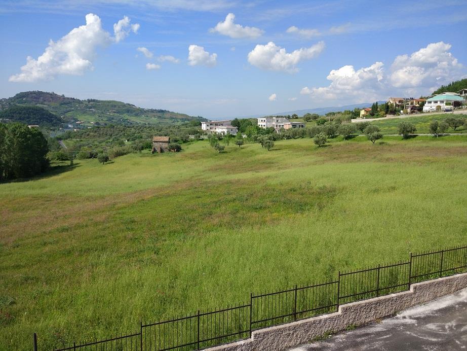 Appartamento in vendita a Mendicino, 3 locali, zona Zona: Tivolille, prezzo € 114.000 | Cambio Casa.it
