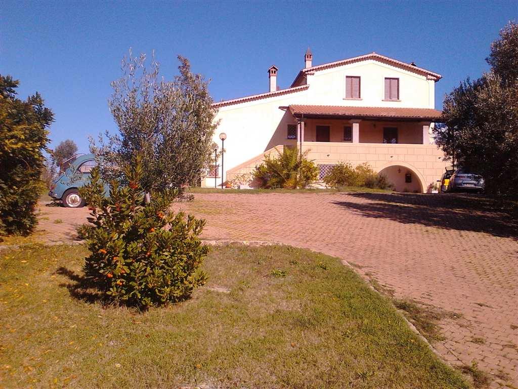 Villa in vendita a Zumpano, 20 locali, zona Zona: Mennavence, prezzo € 800.000 | Cambio Casa.it