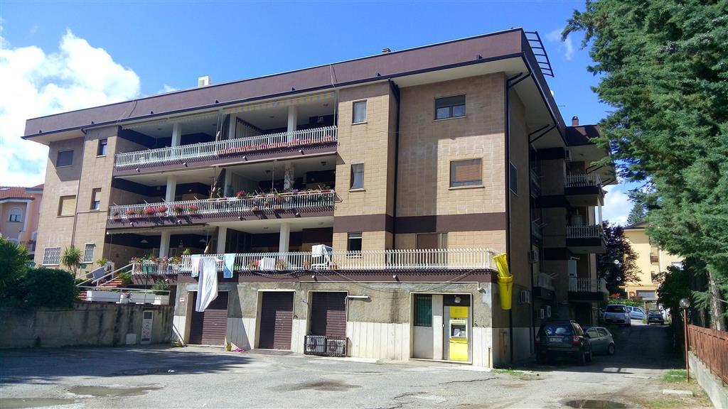 Appartamento in vendita a Castrolibero, 4 locali, zona Località: ANDREOTTA, prezzo € 74.000 | Cambio Casa.it