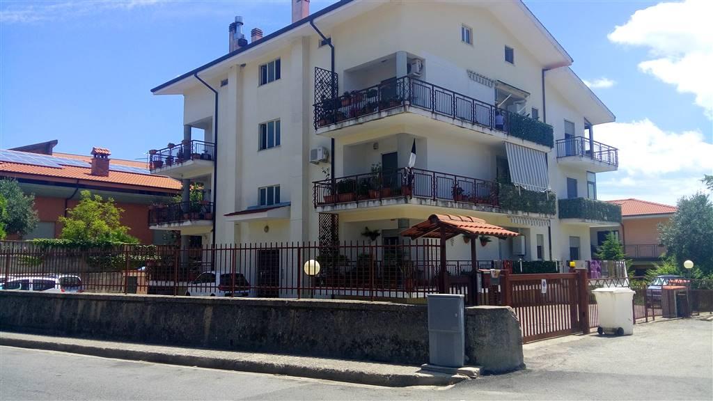 Appartamento in affitto a Marano Principato, 4 locali, prezzo € 420 | Cambio Casa.it