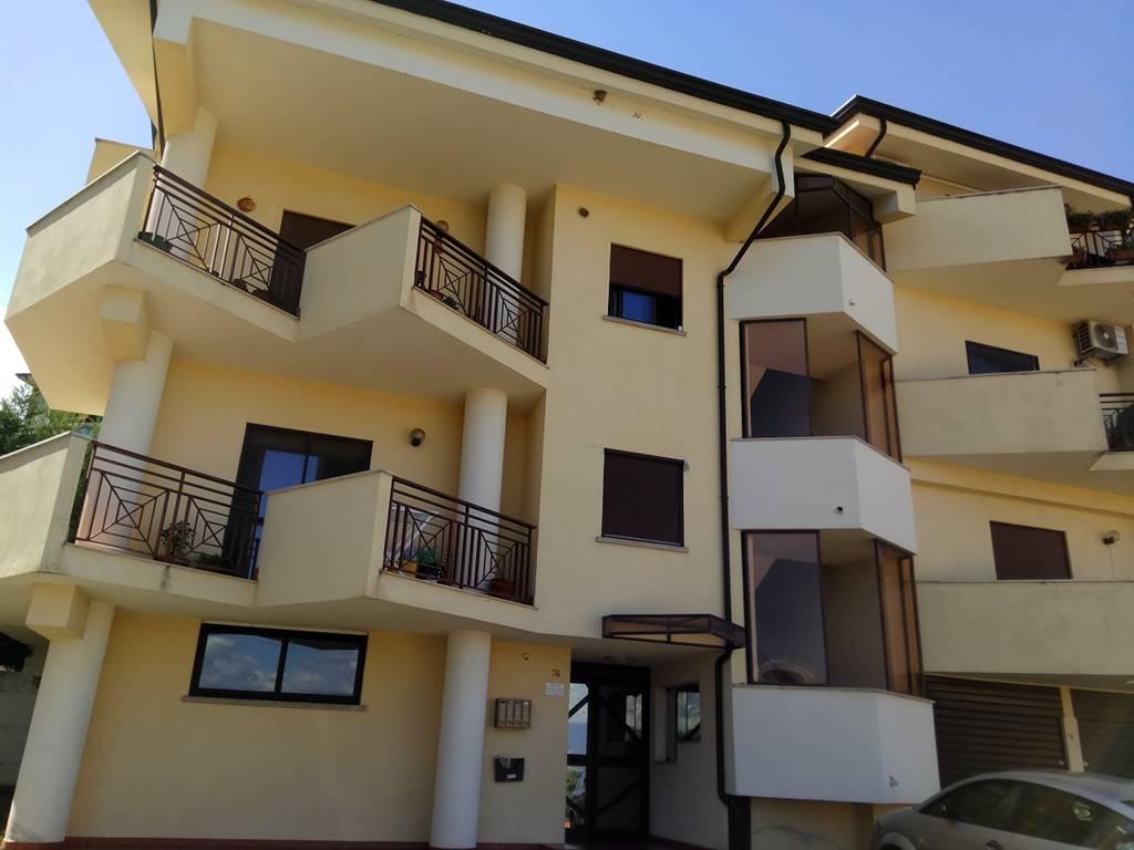 Appartamento in affitto a Marano Principato, 4 locali, prezzo € 310 | CambioCasa.it