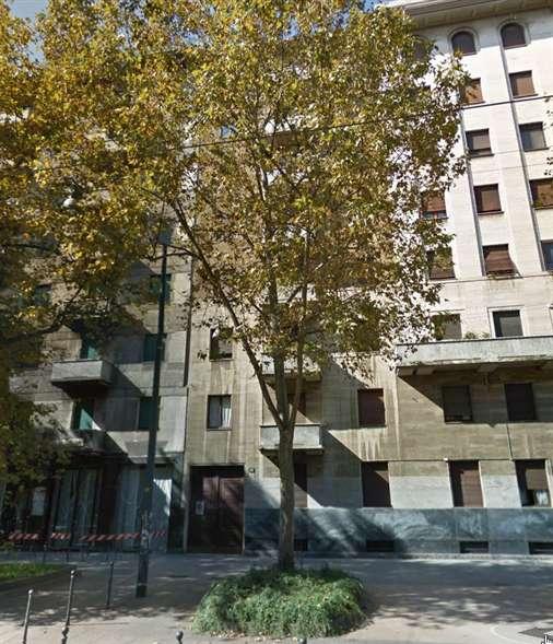 Box / Garage in vendita a Milano, 1 locali, zona Località: ARCO DELLA PACE, prezzo € 60.000 | Cambio Casa.it