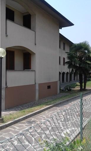 Appartamento in vendita a Masate, 4 locali, prezzo € 185.000 | Cambio Casa.it