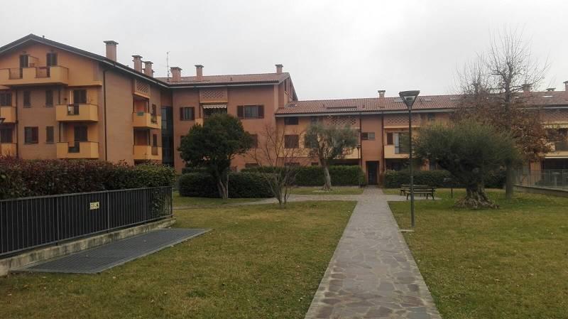 Appartamento in Affitto a Basiano: 3 locali, 80 mq