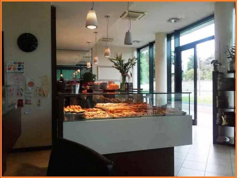 Bar ristorante in Vendita a Vimercate: 160 mq