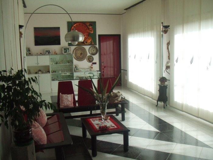 Villa in Via Circumvallazione 1, Casamarciano