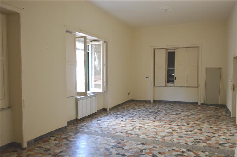 Villa in Via De Sena 10, Nola