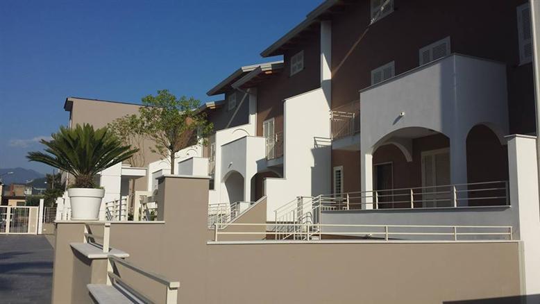 Villa a schiera in Via Cimitile 12, Nola