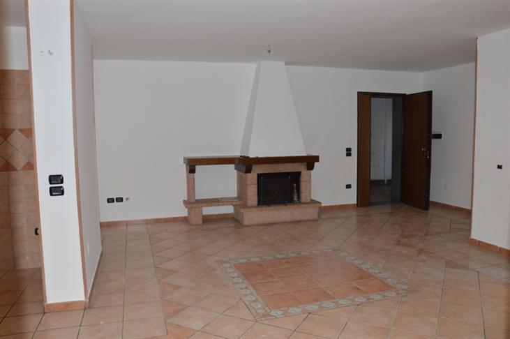 Quadrilocale in Via Anfiteatro Laterizio 166, Nola