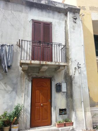 Casa singola in Via Zizzo  33, Villafranca Tirrena