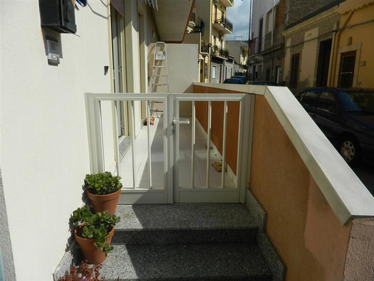 Bilocale in Via Marina, Villafranca Tirrena