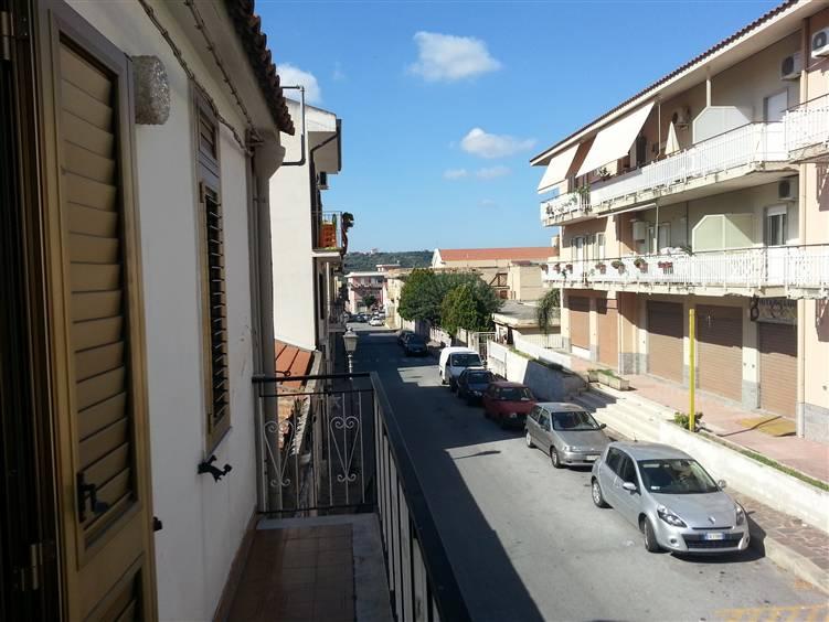 Casa singola in Via Mezzasalma, Grotta, Torregrotta