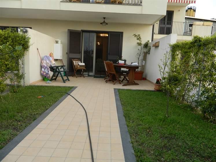 Villa a schiera in Orto Liuzzo, Nord, Messina