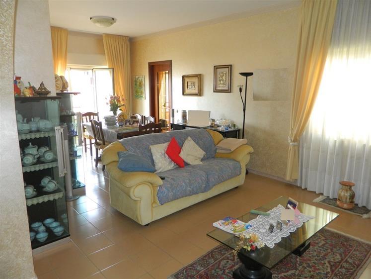 Appartamento in Via Bartolo Cattafi, Rometta